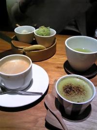 和カフェでお茶セット