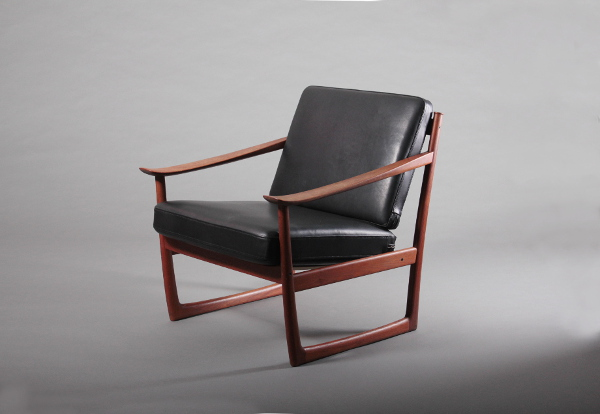 Model 130 Easy Chair 1960s / Peter Hvidt & Ola Mølgaard-Nielsen