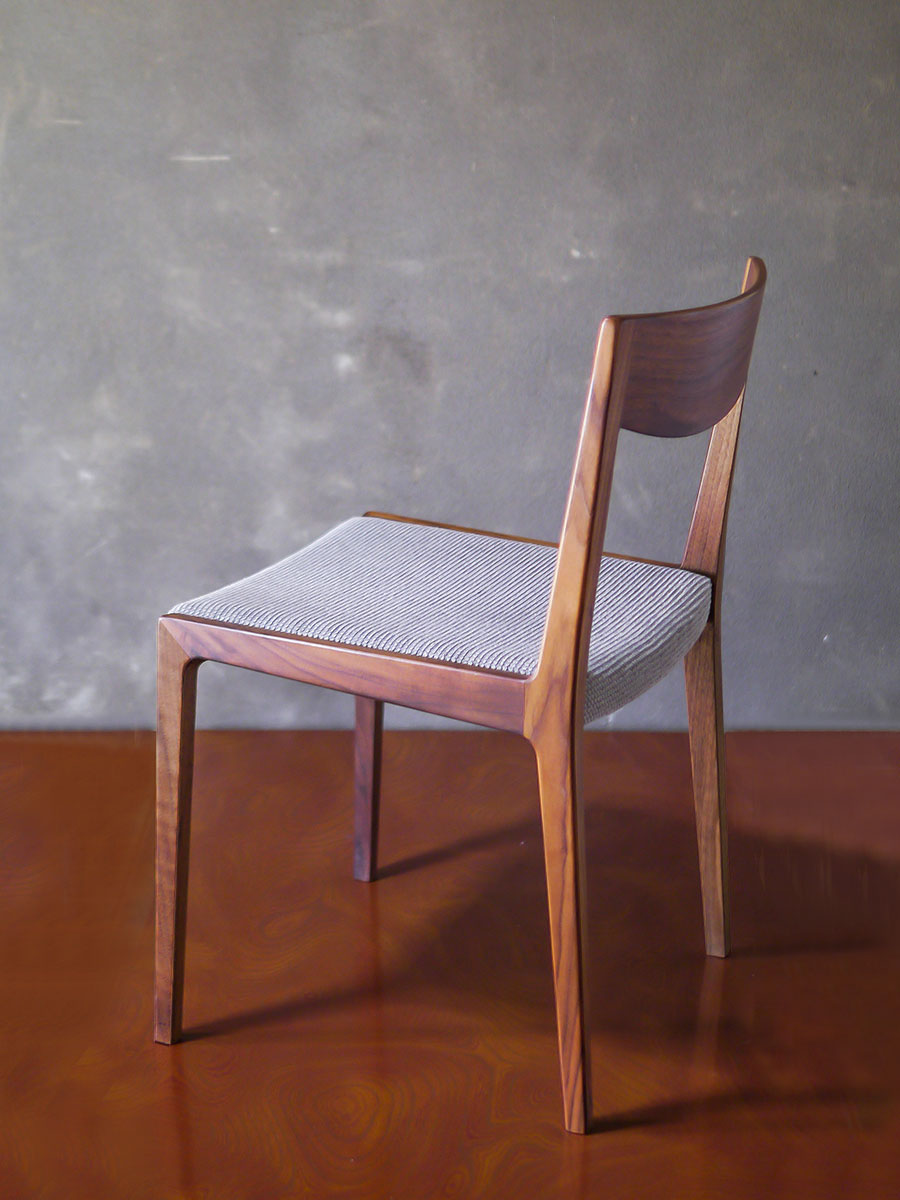 haku chair(ハクチェア)/ 千葉 禎