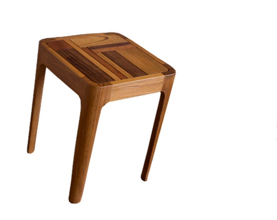 High heels stool